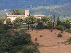 Reschio Castle Umbria