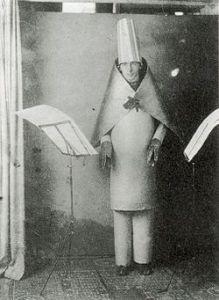 Dada Performance