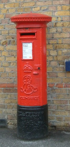 red_postbox